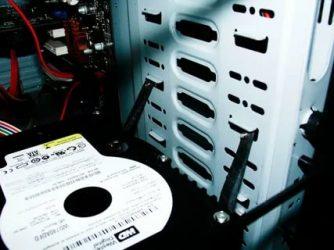 Шумит жесткий диск когда работает что делать?